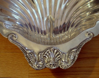 Vintage XL Large 1970s Arthur Court  Metalware Pewter Shell Oval Seafood Serving Bowl /Tray, Wedding Table Settings,  Dining Entertaining