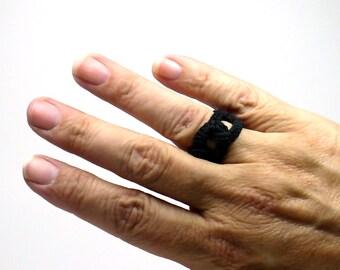 Crochet Ring Faux Chainmail Interlocking Ring Black Fiber Band