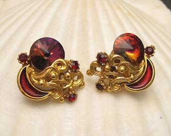 Vintage Earrings Red Rivoli Stone Enamel E5135