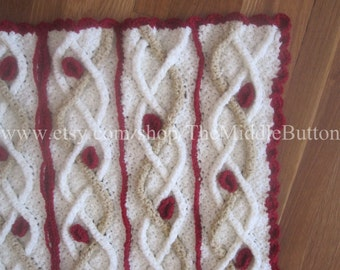 Margherite Cabled Accent Throw PDF Pattern