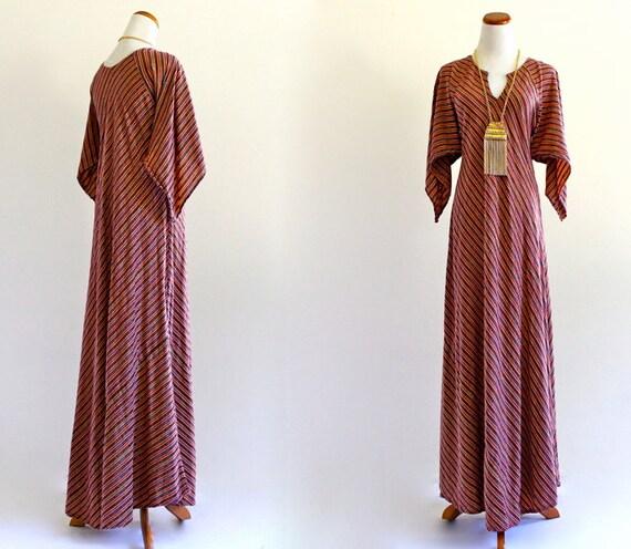70s Vintage Ethnic India Metallic Stripes Boho Hippie Vneck Caftan Kaftan Festival Maxi Dress . XS . SM . D048