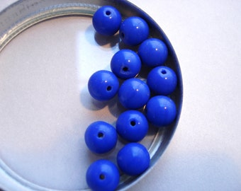 Vintage Glass Opaque Blue Round Beads (12)
