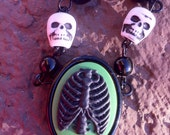 "16"" Skull and ribcage necklace"