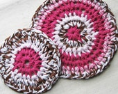"2 round crocheted trivets in eco-friendly t-shirt yarn, 9.5"" and 7"" diameters, pink and brown combo"