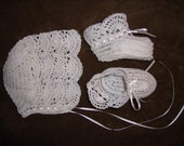 Hand crochet with WHITE thread newborn infant or reborn dolls bonnet and booties