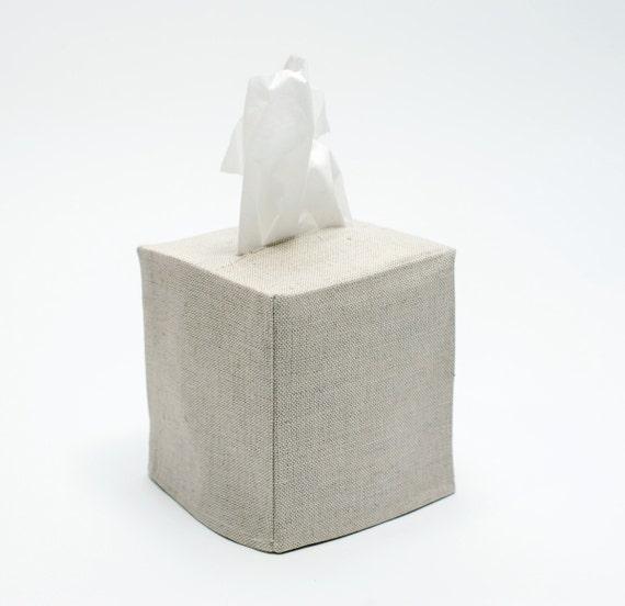 linen tissue cover: oatmeal