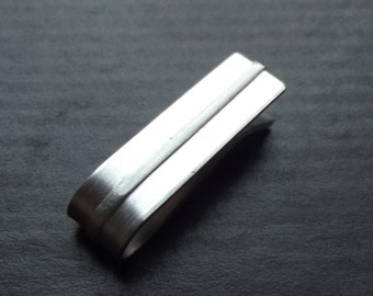 thicker 1 i n c h tie bar - striped - Sterling Silver