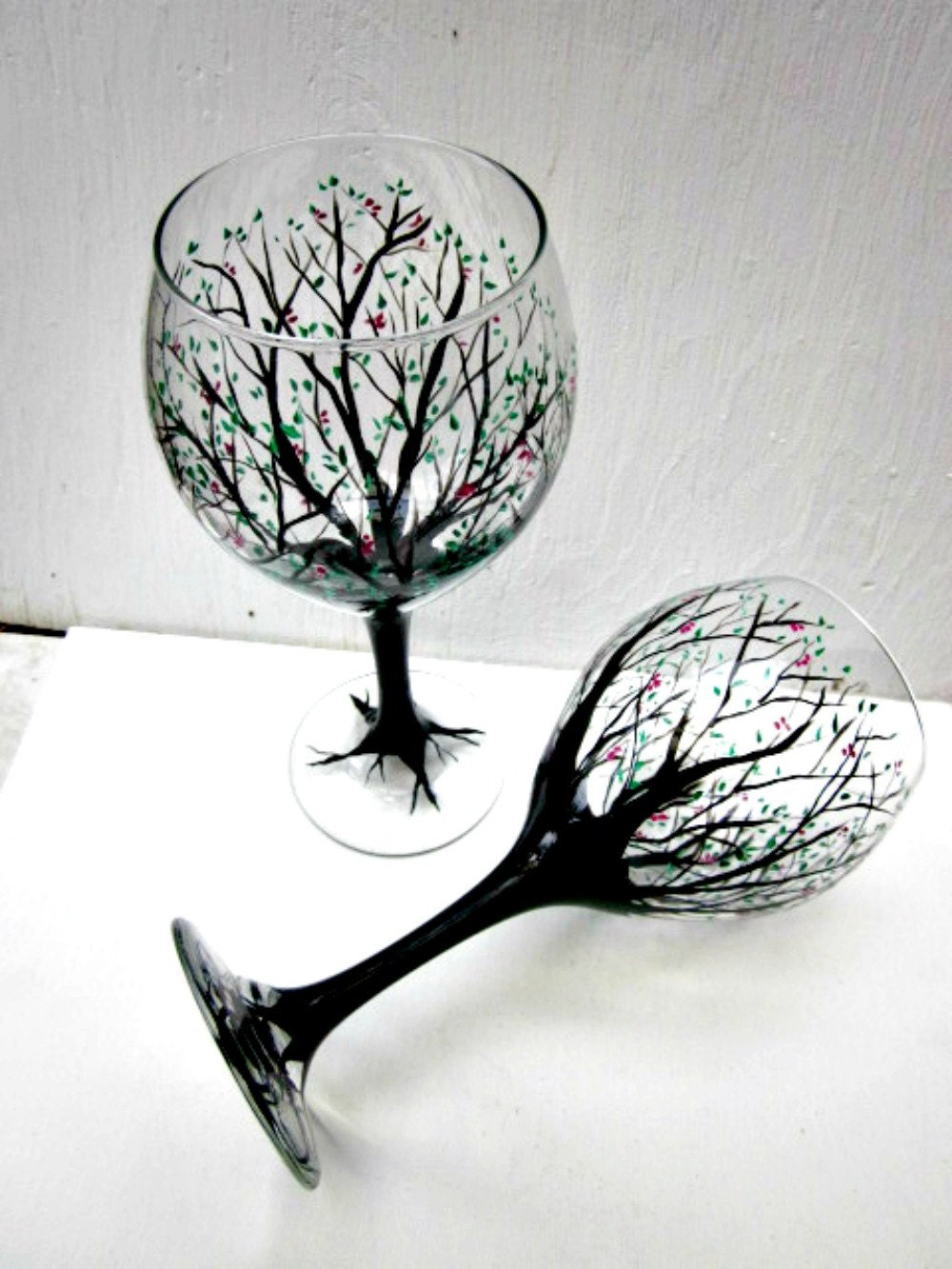 Wine glasses hand painted trees pair of tree wine glasses Images of painted wine glasses