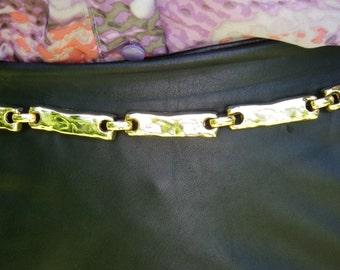 Gold tone vintage link belt 43 inches total