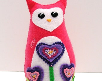 Sale- stuffed felt owl- Hoot in bright pink with heart flowers- hand embroidered, hand stitched, Ready to ship