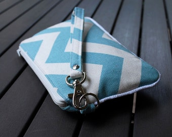 Wristlet Bag / Wristlet Clutch / Purse / Pouch Wristlet / Bag - PIPER WRISTLET - Chevron Light Blue Natural