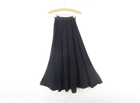 Vintage Maxi Skirt Black 1940s Long Crepe  / xs