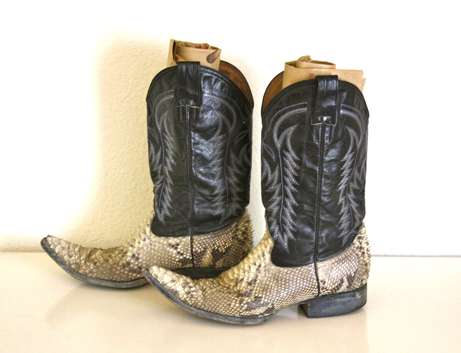 VTG 9 Mens Snakeskin Mexican Pointy toe Cowboy Boots