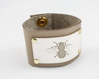 SALE Engraved Leather Cuff - Bee (Tan & White) - Size Medium