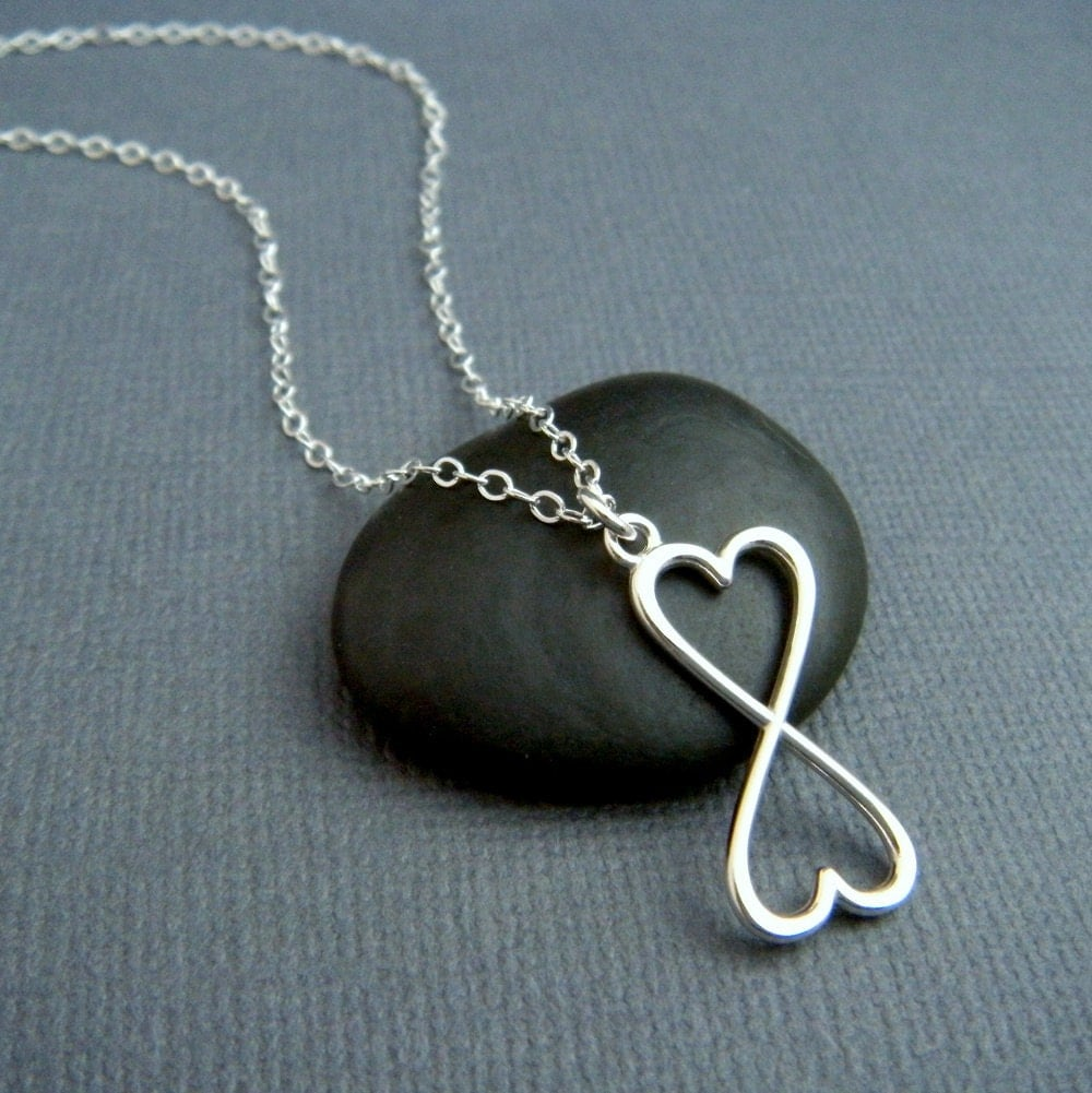 silver infinity necklace heart infinity heart necklace. Black Bedroom Furniture Sets. Home Design Ideas