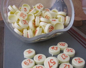 Lot of 40 x Bingo Lotto Housie Plastic Numbers Markers for Altered Arts Mixed Media Collage Destash