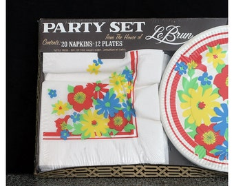 SALE Vintage 70s Festive and Flowery Party Set for 12