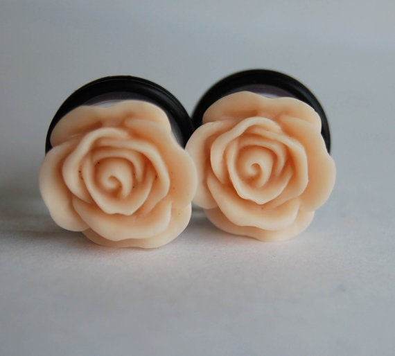 "custom for Erica- /16"" pale pink rose plugs"