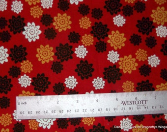 One Yard of Ava Vezite's Ivory Cost Fabric by Fabric Innovations
