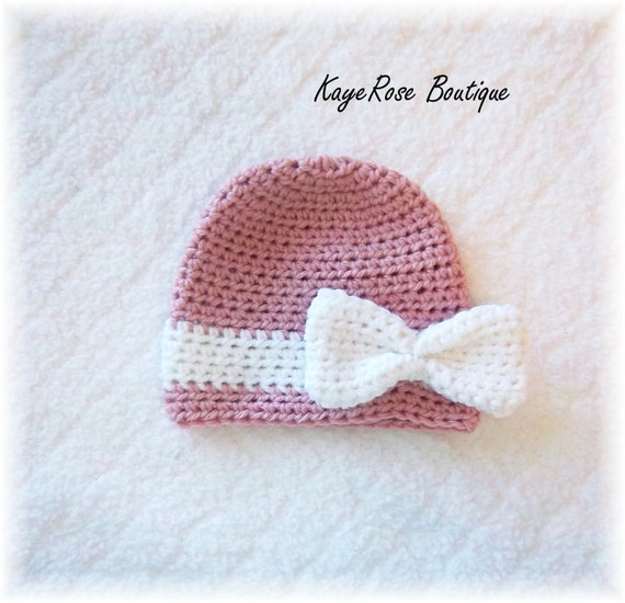 how to add a bow to a crochet hat