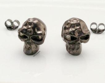 Nefarious slate skull stud earrings, men's stud earrings, black gold sterling silver, skull stud earrings, black stud earrings, 468J1