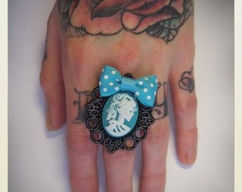 Large Old School Pin Up- Skeleton Lady Ring -turquoise