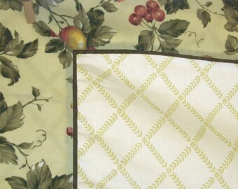 Heavy Cotton Tablecloth w/ Fruit on Vines 46 X 62