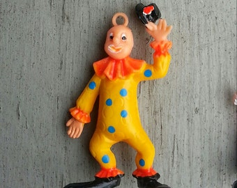 1960s-70s Cole Brothers Circus Plastic Clown Pendant YELLOW with BLUE Polka Dots