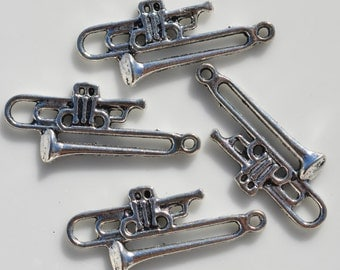 1  Silver Trombone Charm SC1903