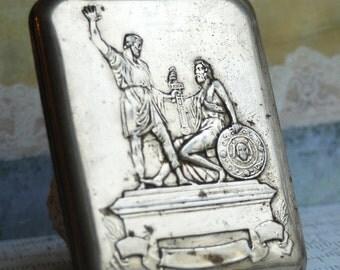 SALE...  vintage metal cigarette case, home decor, accessories, coolvintage, collectibles, ornate, gorgeous, metal box, Feb 10