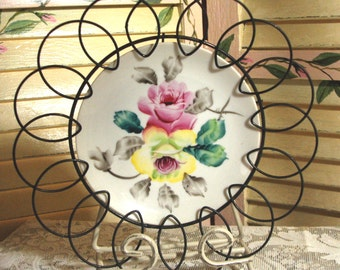 SHABBY COTTAGE CHARM Vintage Porcelain Wall Plate - Hand Painted - Ornate - Pink Roses - VIctorian