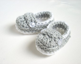 CHRISTMAS IN JULY Sale! Baby Booties, Baby Loafers, Crochet Baby Booties