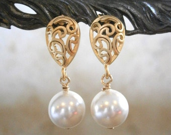 White Swarovski Pearl Earrings, Ornate Gold Paisley Post Earrings, Bridal, Bridesmaid, Wedding Jewelry