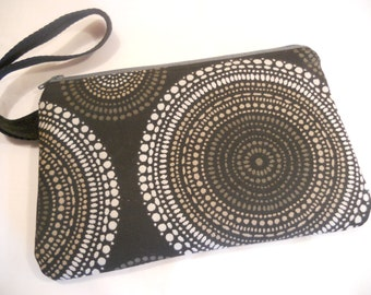 "Padded Wristlet/Carry-All... in ""Circles"""