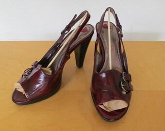 OXBLOOD // dark red patent 90s does 50s peeptoe heels
