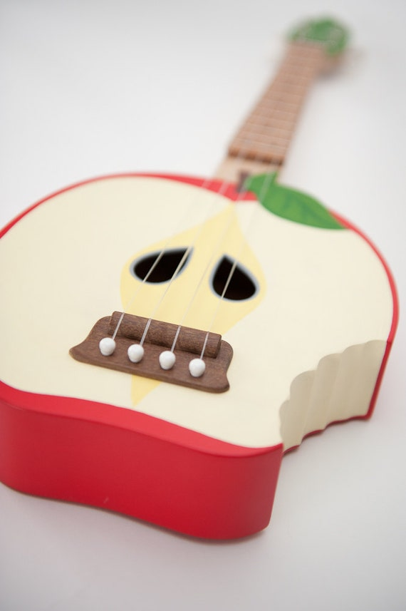 Bitten Apple ukulele ( applelele )