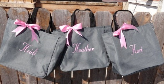 Monogrammed Bridesmaid Tote Bags, Maid of Honor Gift, Bridesmaid gifts, Bridal party tote bags,  Personalized bag, Set of 9