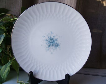 ONE Noritake Hyannis Pattern 6535 Salad Plate, Circa 1964 -1970, One of 7 Available, Excellent Vintage Condition