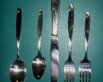 LADY BARBARA 20 Piece Dinner Service for 4 Oneida Rogers 1959 Silverplate Flatware