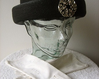HAT Vintage Dress Up Costume Retro Cap Pill Box Era Black Straw BROOCH & GLOVES