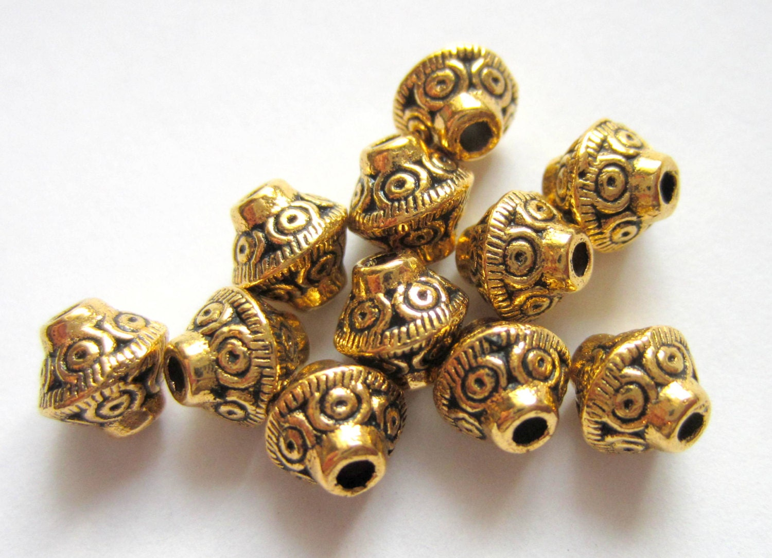 Ring In The Steampunk Decor To Pimp Up Your Home: 40 Antique Gold Beads Tibetan Spacer Beads 7mm X 6mm