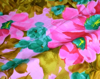 Vintage Fabric - Tropical Hot Pink and Olive Floral - 44 x 66