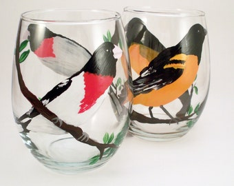 Detailed painted birds, hand painted stemless wine glasses, painted bird glasses, bird lovers, Set of 2