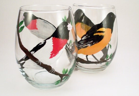 Detailed painted birds, hand painted stemless wine glasses - Set of 2
