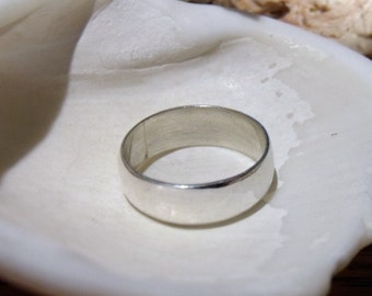 4mm Low Dome Sterling Silver Band RF403