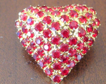 Vintage Dorothy Bauer Brooch   3D Heart   Circa 1980s      Red