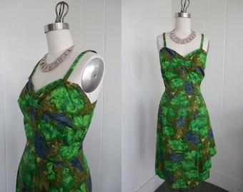 1950s Vintage Green Hawaiian Sarong Dress VLV