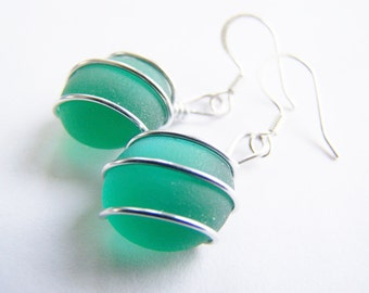 Sea Glass Bridesmaids sets - Emerald Green Earrings - Glass Pearl - Other Colors Available - Weddings - affordable - seaside