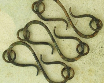 S Clasps - 3 Large Hand Forged Brass - 45mm X 25mm - 14 gauge with Jump Rings - Black Oxidized