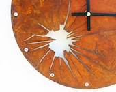 Shattered Metal Wall Clock (Rusted)